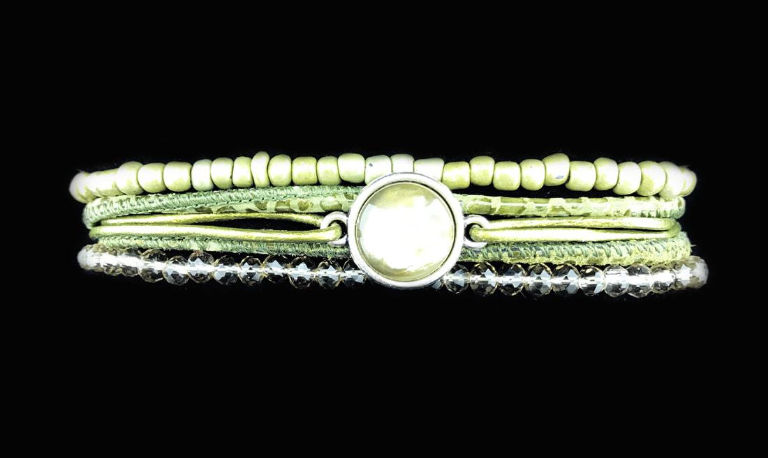 Eigentijdse authentieke armbanden